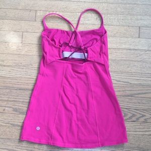 Lululemon top with laces in the back
